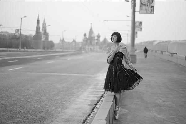 Аватарки картинки девушек на фоне кремля