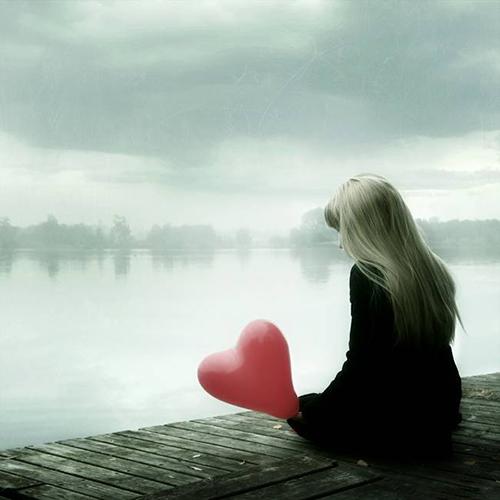 Фото девушки с шариком сзади, со спины, на аву вконтакте